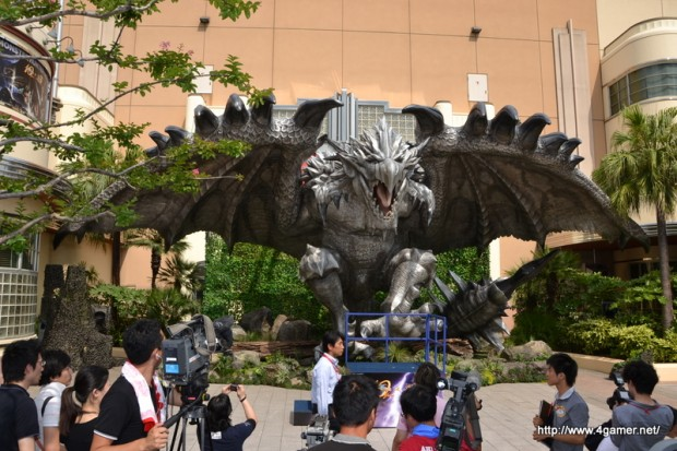 monster-hunter-silver-rathalos